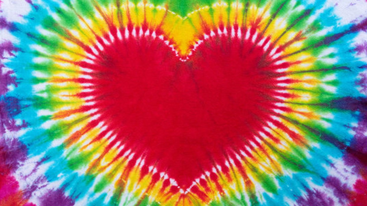 How to Make a Tie Dye Heart Shirt